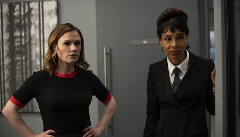 Flack Trailer: Anna Paquin is Great at Averting Celebrity Crisis