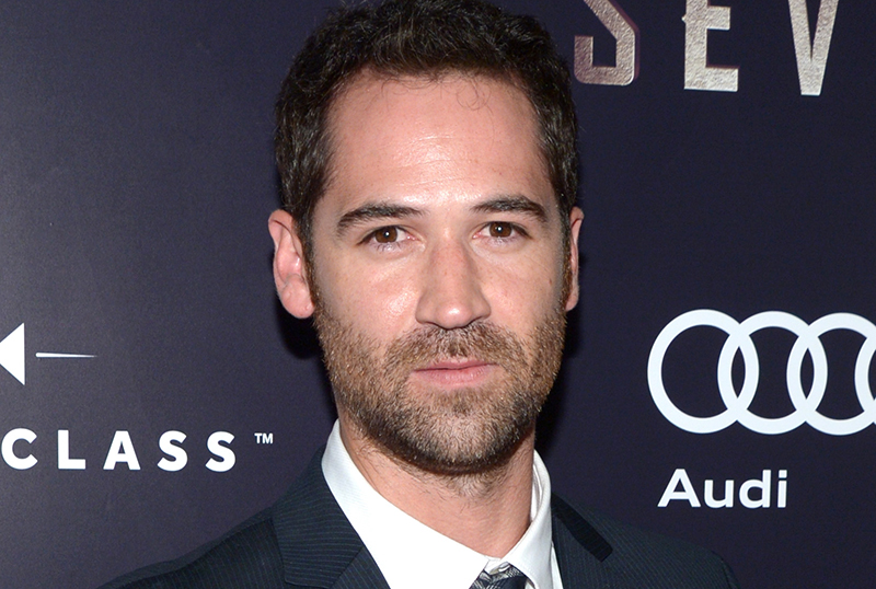 David E. Kelly's The Lincoln Lawyer Gets Series Order at Netflix