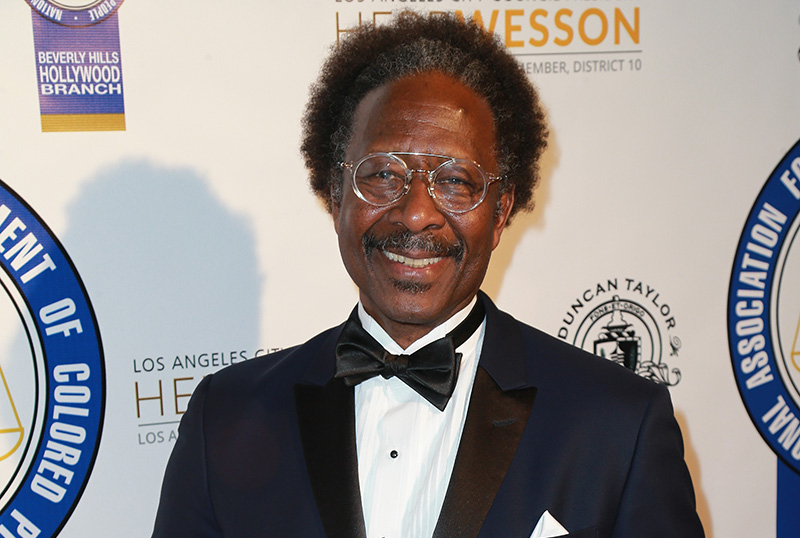 Showtime's The Man Who Fell to Earth Adds Clarke Peters to Cast