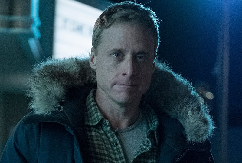 Alan Tudyk's Resident Alien Renewed for a Second Season at SYFY
