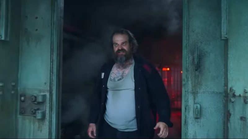 Black Widow Clip Reveals David Harbour Breaking Out of Prison