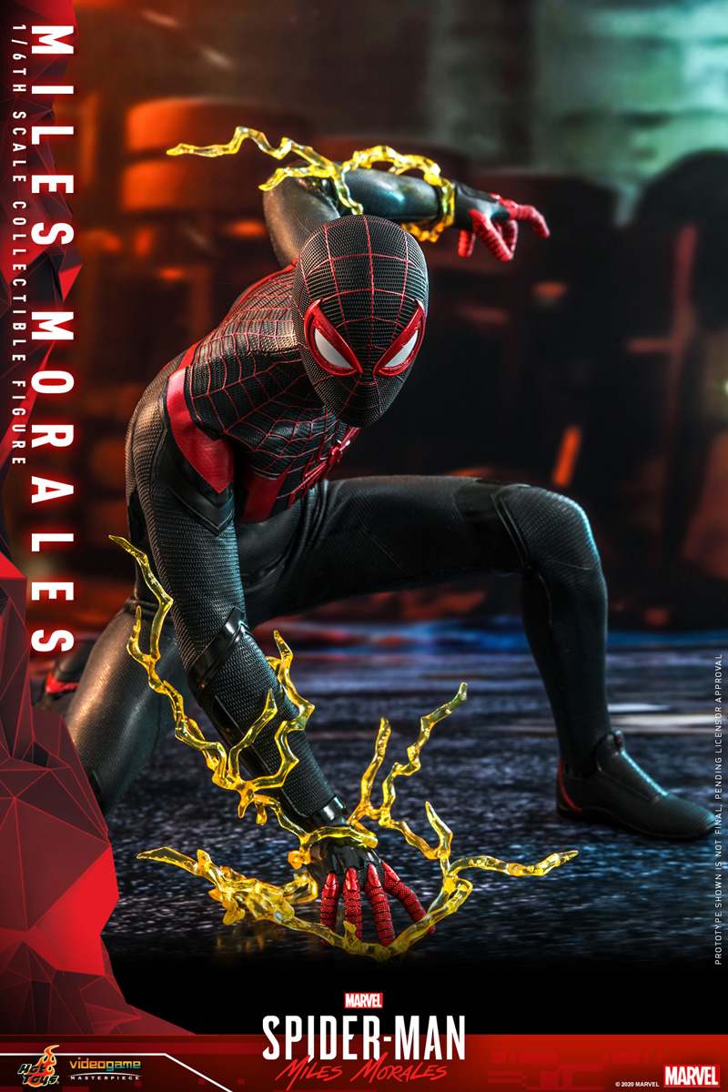 hot-toys-smmm-miles-morales-collectible-figure_pr4