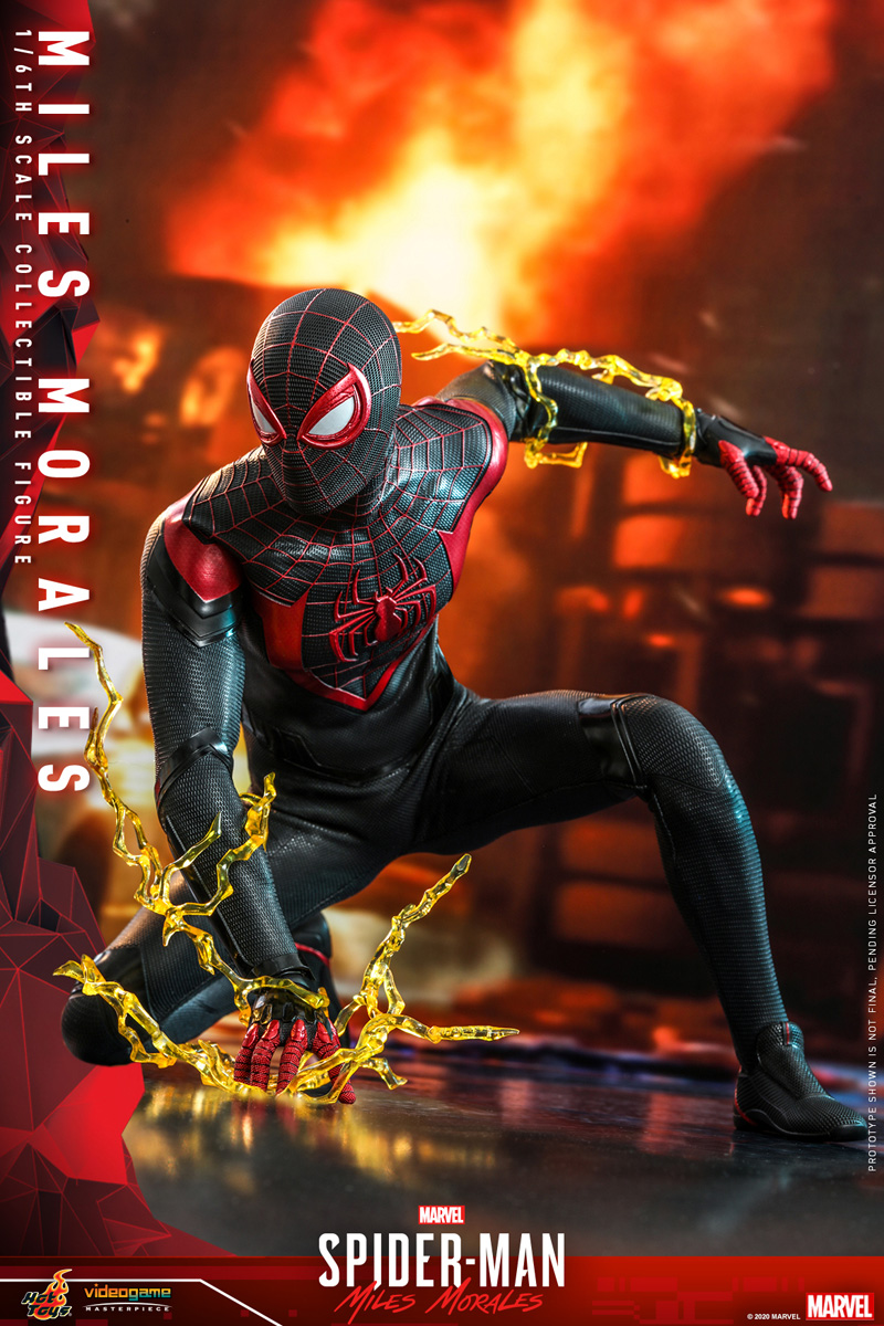 hot-toys-smmm-miles-morales-collectible-figure_pr5
