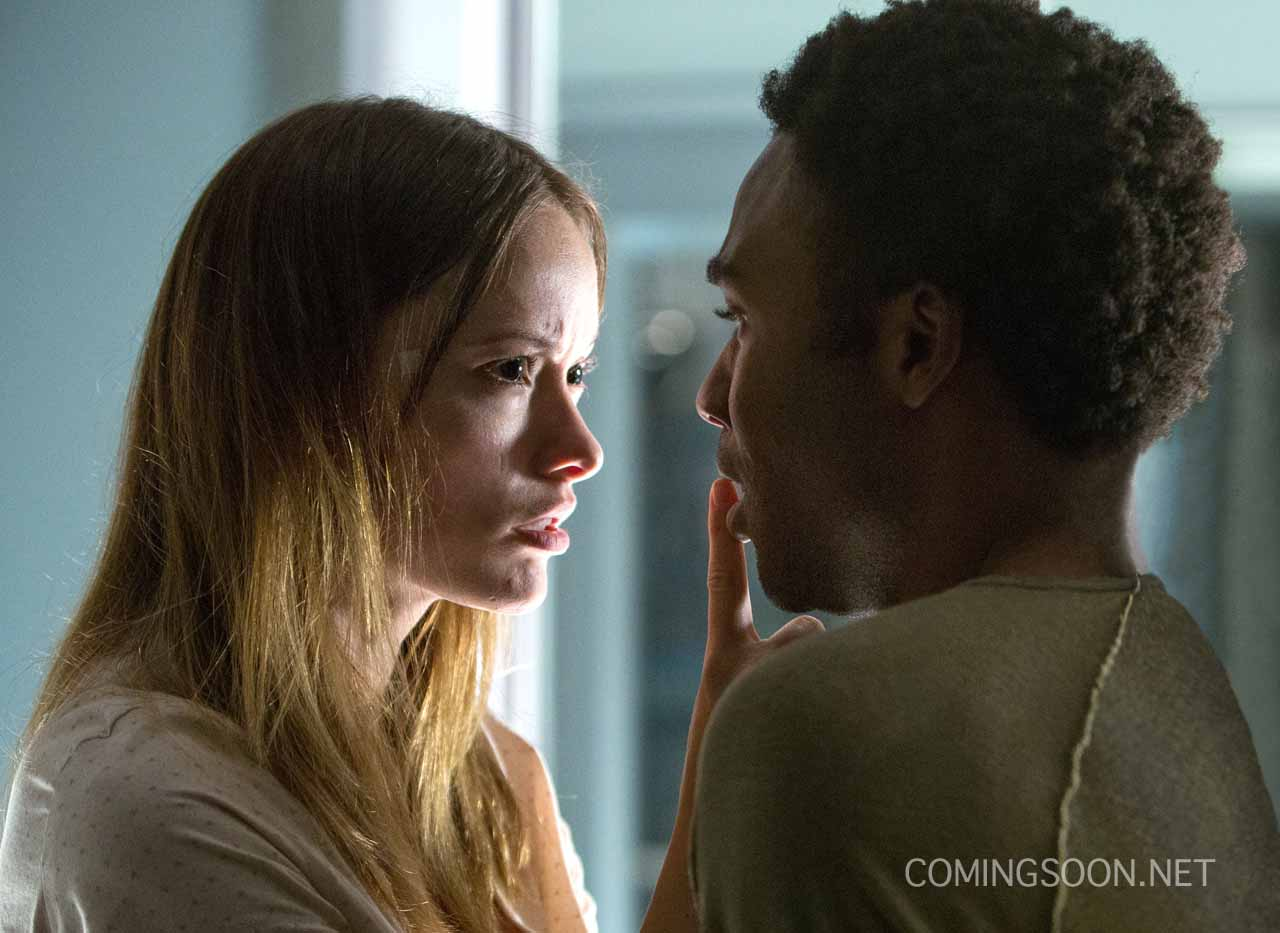 """M047b (Left to right.) Olivia Wilde and Donald Glover star in Relativity Media's """"The Lazarus Effect"""". © 2013 BACK TO LIFE PRODUCTIONS, LLC Photo Credit: Daniel McFadden"""