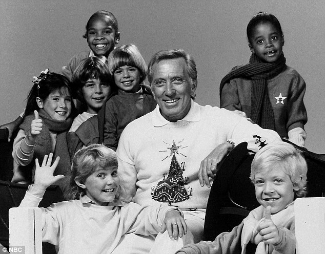 Andy Williams and the NBC Kids Search for Santa